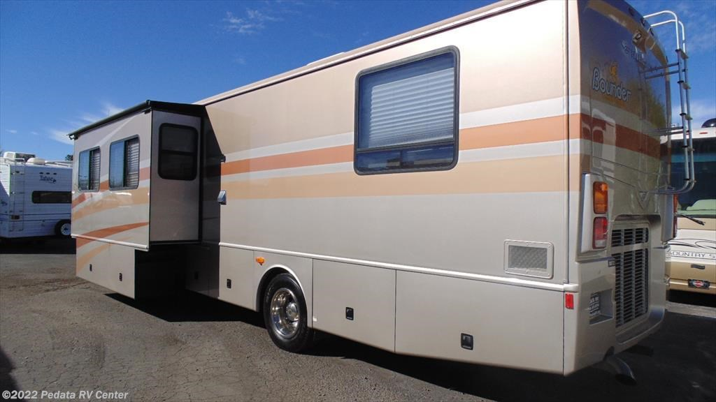 2006 Fleetwood Rv Bounder Diesel 39z W 1sld For Sale In
