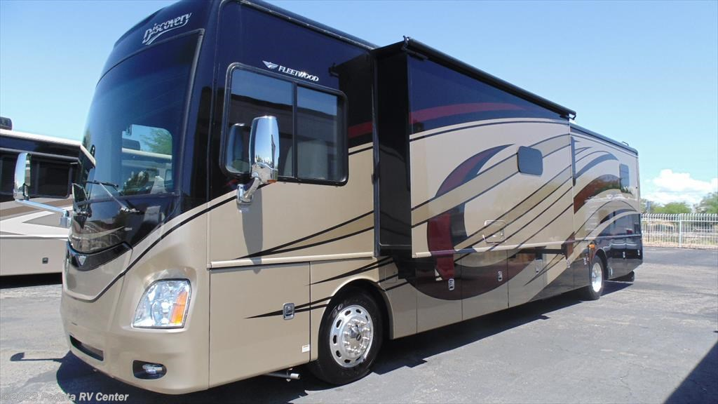 11555 - Used 2015 Fleetwood Discovery 40G w/2slds Diesel