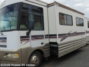 1999 Winnebago Chieftain 35U w/2slds