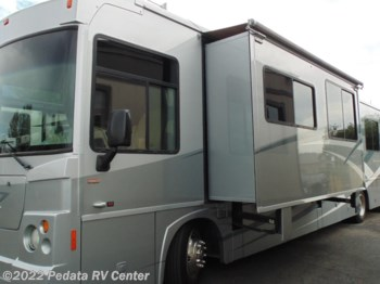 2008 Winnebago Destination 39W w/2slds