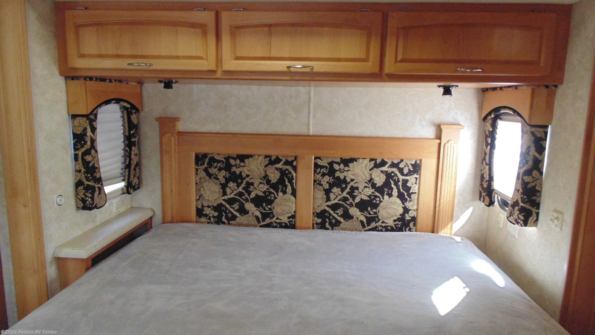 2008 Holiday Rambler Rv Endeavor 40pdq W 4slds For Sale In