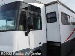 2001 Winnebago Adventurer 32V w/1sld