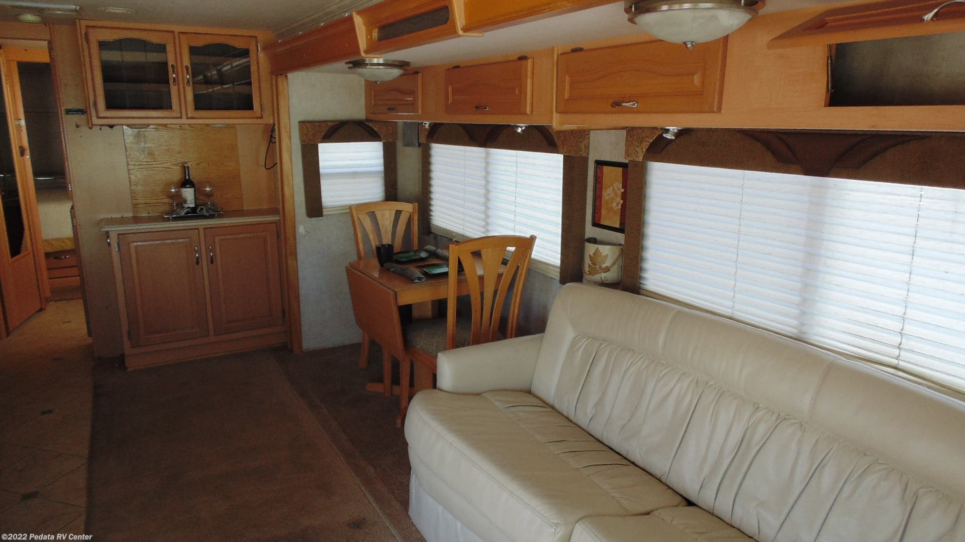 2005 National Rv Rv Dolphin 6355lx W 2slds For Sale In