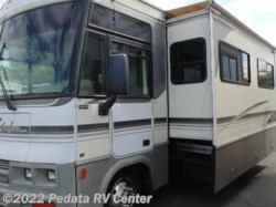 2001 Winnebago Adventurer 35U w/2slds