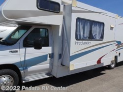 2005 Coachmen Freelander  3100 w/ 1sld