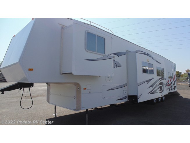Used 2008 Weekend Warrior 4005 w/2slds available in Tucson, Arizona