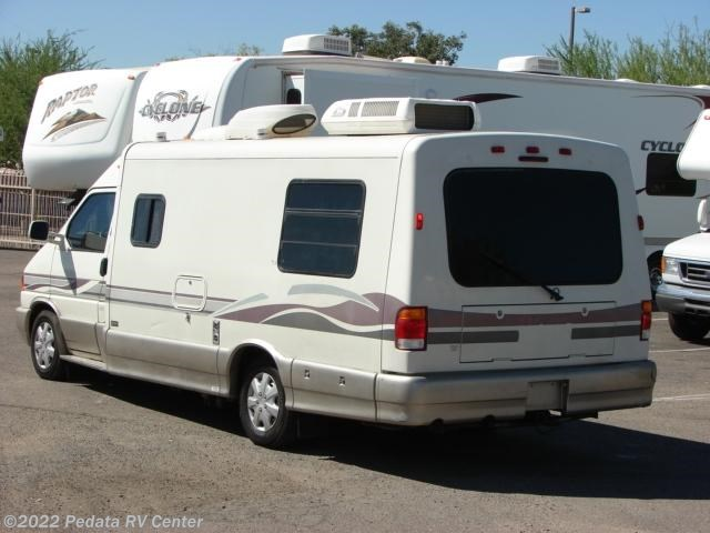 10354 used 2000 winnebago rialta 22hd class b rv for sale. Black Bedroom Furniture Sets. Home Design Ideas