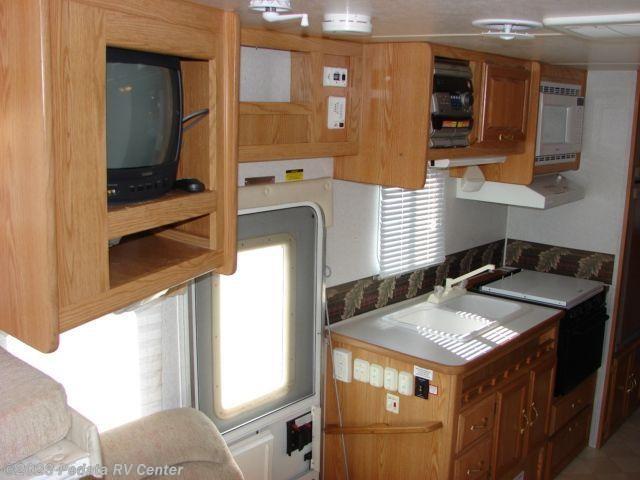9462 Used 2001 Coachmen Shasta Cheyenne 252 1 Sld