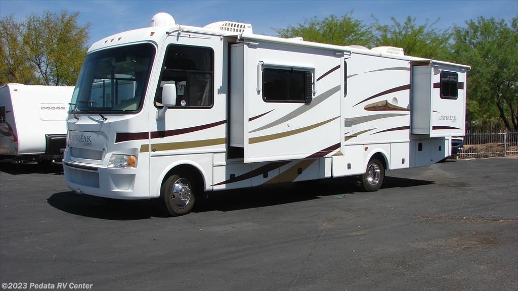 #10699 - Used 2008 Damon Daybreak 3135 Class A RV For Sale