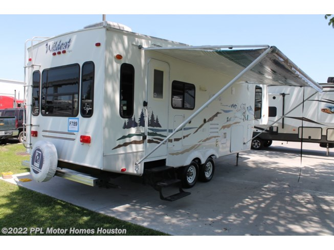 2006 Forest River Wildcat 29RLBS Used Fifth Wheel