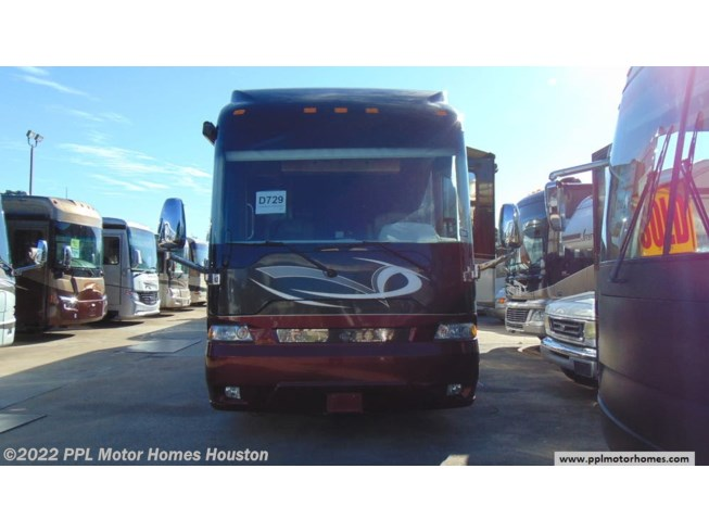 Used 2009 Country Coach Veranda Country Coach  Veranda PIKES PEAK 600 available in Houston, Texas