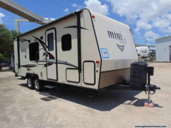 Used 2018 Forest River Rockwood Mini Lite 2304KS available in Houston, Texas