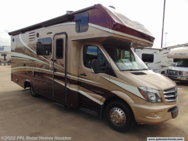 Used 2018 Forest River Dynamax Isata 3 24FWM available in Houston, Texas