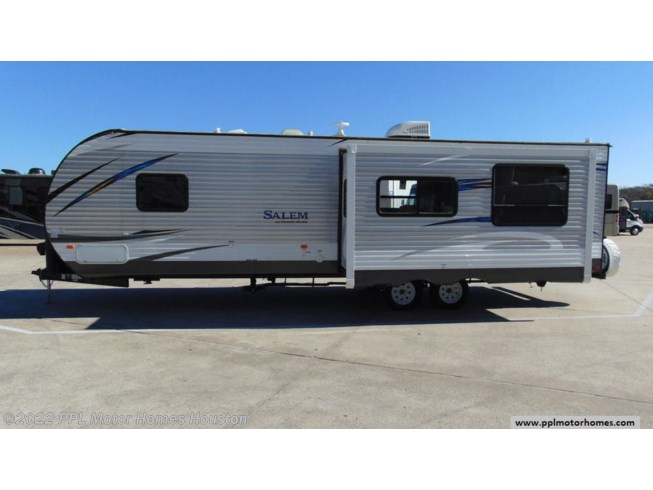 Used 2019 Forest River Salem 27RKSS available in Houston, Texas