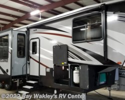 #73272 - 2018 Heartland RV Cyclone 4005