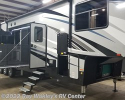 #88199 - 2018 Heartland RV Cyclone 4270