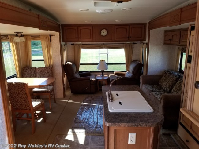 2010 Open Range Journeyer 305RLS Floorplan