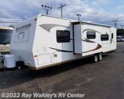 #82862A - 2011 Forest River Rockwood Ultra Lite 2902SS