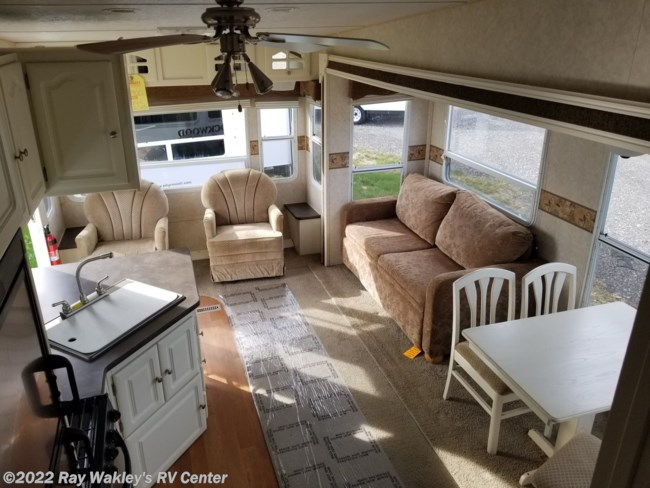 2008 Forest River Rockwood Signature Ultra Lite 8285SS Floorplan
