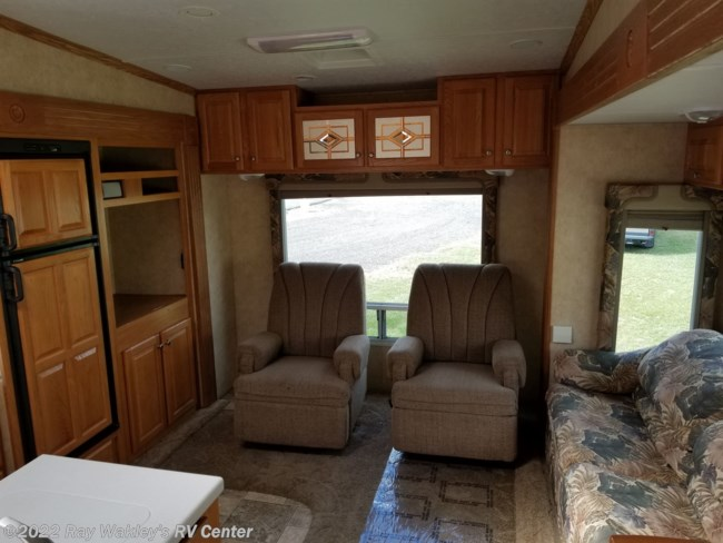 2005 Pilgrim International Open Road 296RLDS Floorplan