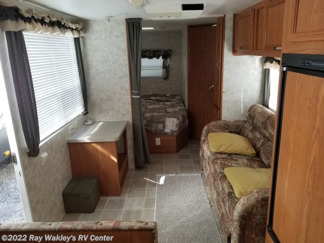 2005 Coachmen Spirit of America 23FKS Floorplan