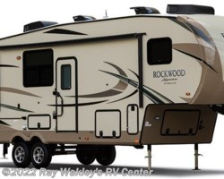 #25661A - 2018 Forest River Rockwood Signature Ultra Lite 8289WS