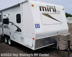 #22137A - 2013 Forest River Rockwood Mini Lite 2109S