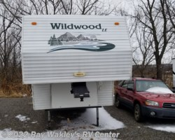 #87684A - 2003 Forest River Wildwood 28BHSS
