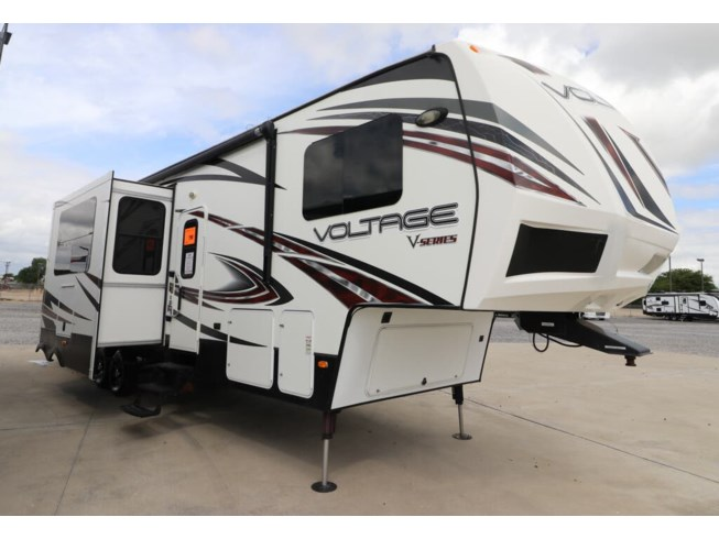 Used 2014 Dutchmen Voltage V3605 available in Rockwall, Texas