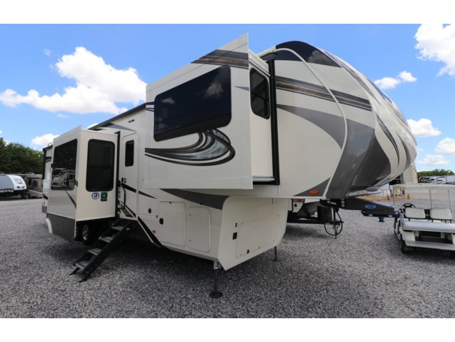 New 2021 Grand Design Solitude 380FL available in Rockwall, Texas