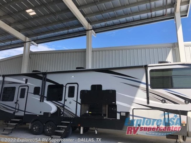 New 2020 Heartland Cyclone 4007 available in Mesquite, Texas