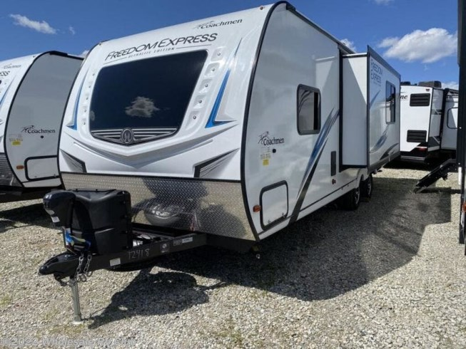 2020 Coachmen Freedom Express Ultra Lite 246RKS - New Travel Trailer For Sale by Wholesale RV Club in , Ohio features Slideout