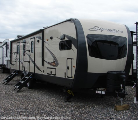 New 2019 Forest River Rockwood Signature Ultra Lite 8335BSS For Sale by Economy RVS, LLC available in Mechanicsville, Maryland