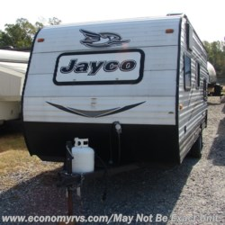 2016 Jayco Jay Flight SLX 174BH  - Travel Trailer Used  in Mechanicsville MD For Sale by Economy RVS, LLC call 877-233-6834 today for more info.