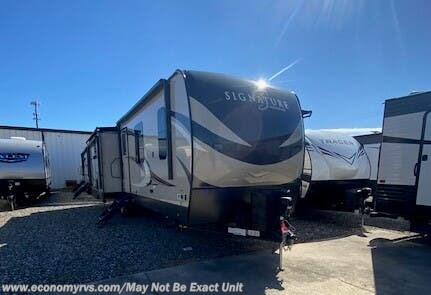 New 2020 Forest River Rockwood Signature Ultra Lite 8328SB For Sale by Economy RVS, LLC available in Mechanicsville, Maryland