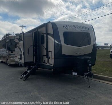 New 2020 Forest River Rockwood Ultra Lite 2304DS For Sale by Economy RVS, LLC available in Mechanicsville, Maryland
