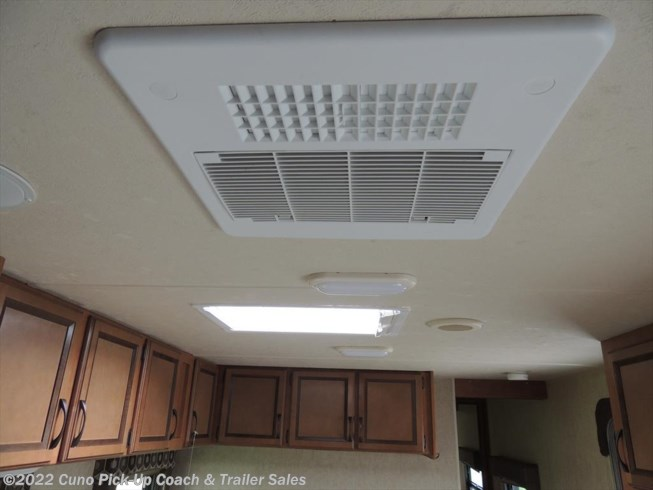 DUCT A/C & SKYLIGHT OVER SINK