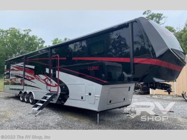 Used 2020 Holiday Rambler Augusta Luxe 48FB available in Baton Rouge, Louisiana