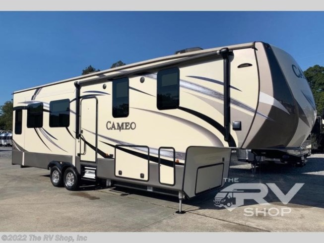 Used 2017 CrossRoads Cameo CE3301RL available in Baton Rouge, Louisiana