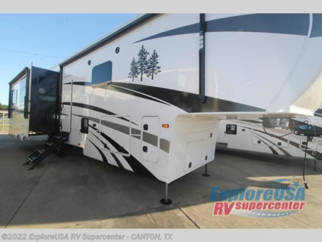New 2021 CrossRoads Redwood RW3901WB available in Wills Point, Texas