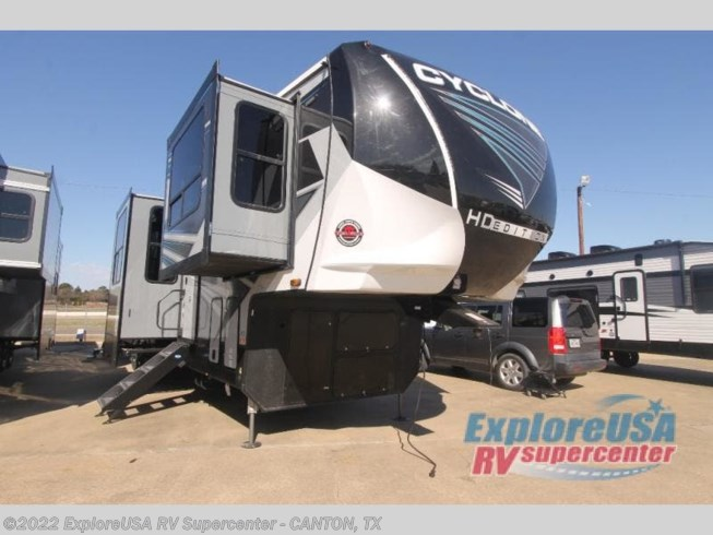 New 2021 Heartland Cyclone 4214 available in Wills Point, Texas