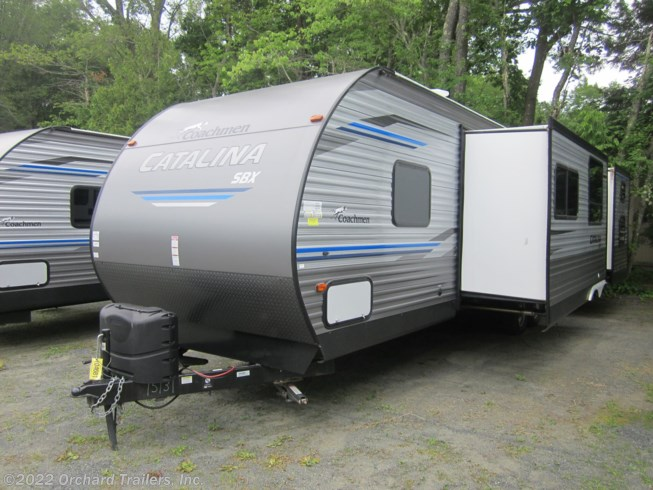 2019 Coachmen Catalina SBX 321BHDS - New Travel Trailer For Sale by Orchard Trailers, Inc. in Whately, Massachusetts features U-Shaped Dinette, DVD Player, Roof Vents, Stove Top Burner, Medicine Cabinet