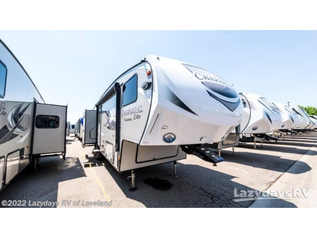 New 2019 Coachmen Chaparral Lite 29BH available in Loveland, Colorado