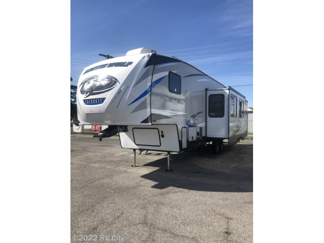 2021 Forest River Cherokee Arctic Wolf 321BH