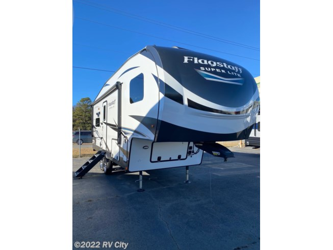 2021 Forest River Flagstaff Super Lite 524EWS - New Fifth Wheel For Sale by RV City in Benton, Arkansas features Slideout, Air Conditioning, LP Detector, Outside Kitchen, DVD Player
