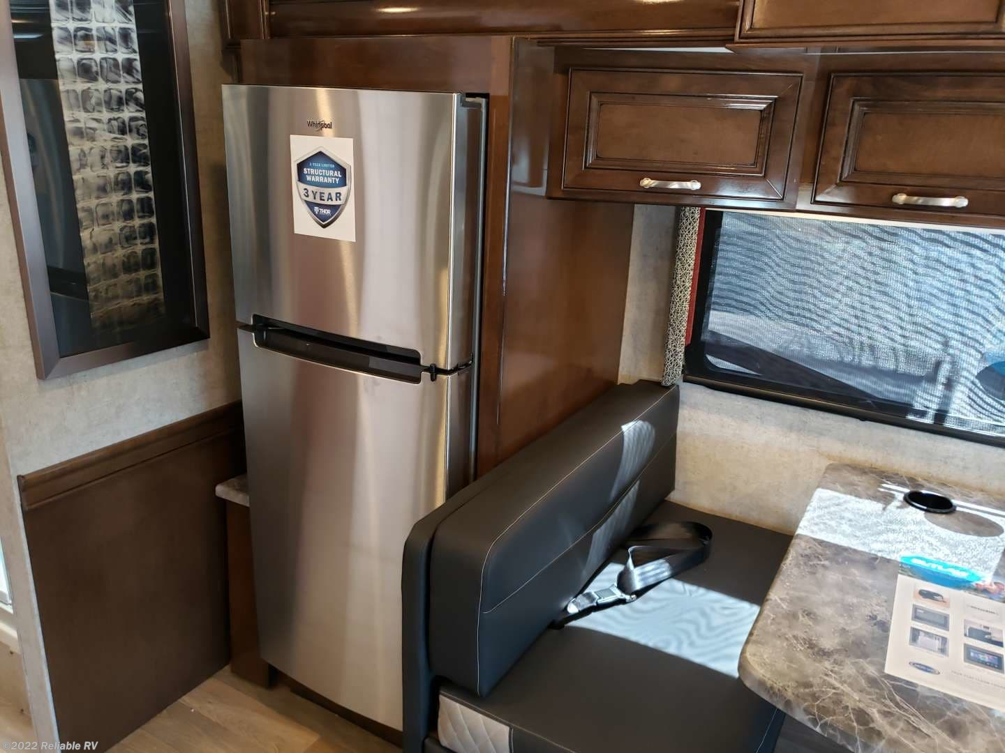 2020 thor motor coach rv outlaw a 37rb for sale in springfield  mo 65802