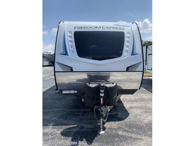 2021 Freedom Express TT Ultra Lite 257BHS by Coachmen from Reliable RV in Springfield, Missouri