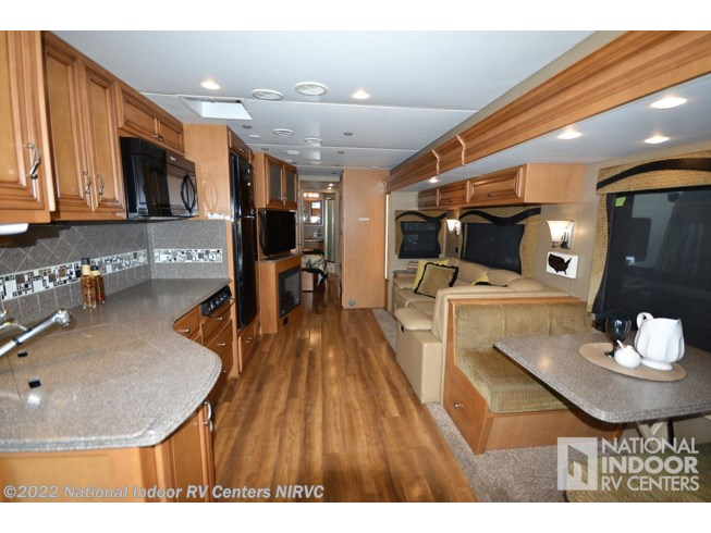 2015 Canyon Star 3610 by Newmar from National Indoor RV Centers in Lewisville, Texas