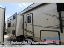 2019 Flagstaff Super Lite 526RLWS by Forest River from ExploreUSA RV Supercenter - FT. WORTH, TX in Ft. Worth, Texas