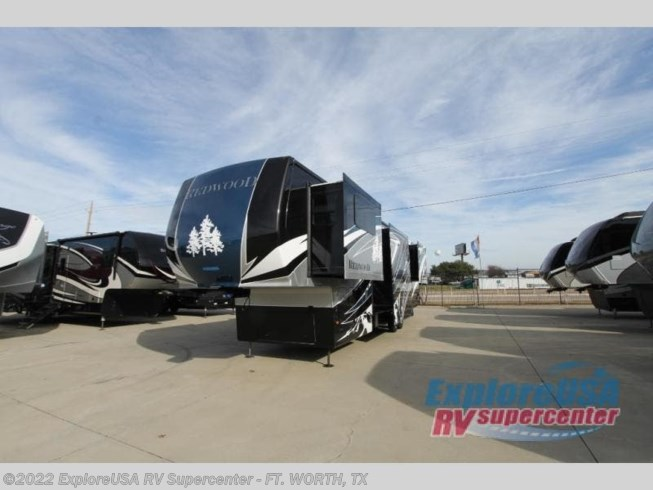 2020 Redwood 3951WB by Redwood RV from ExploreUSA RV Supercenter - FT. WORTH, TX in Ft. Worth, Texas